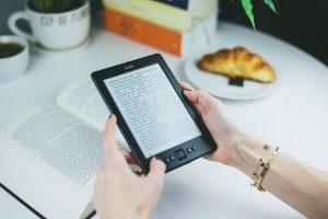 Books-ebooks-photo-76942-medium